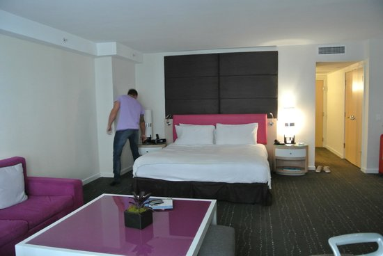 The Perry, South Beach: room