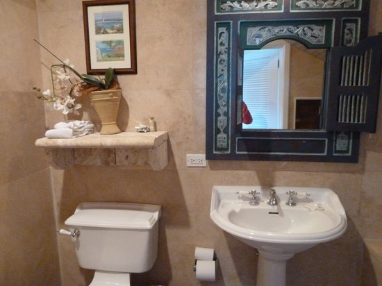 A Stone's Throw Away: bathroom