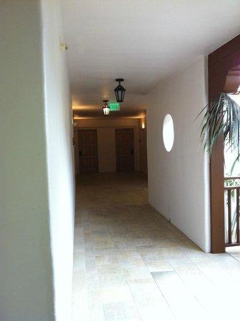 The Ritz-Carlton Bacara, Santa Barbara: Behind the beautiful exterior. The hallway to our room.