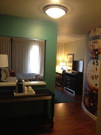 Hotel Indigo Atlanta Airport College Park: my room during my stay...