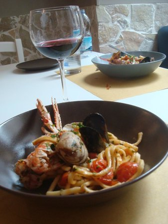 Streetfood: Wonderful handmade pasta and seafood