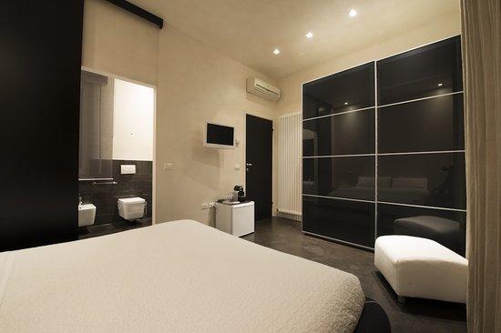 Lounge Bed & Breakfast: One