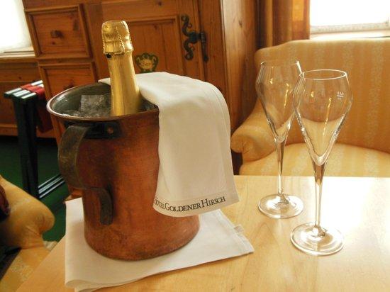 Hotel Goldener Hirsch, a Luxury Collection Hotel, Salzburg: Happy birthday treat.