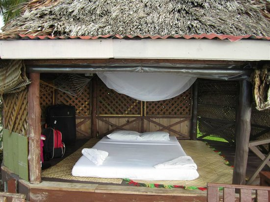 Va-i-Moana Seaside Lodge: Open Fale'