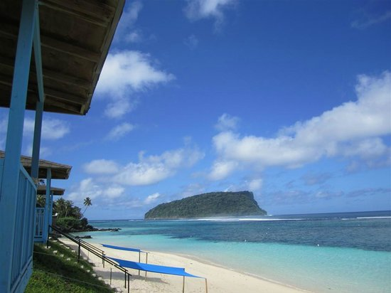 Litia Sini Beach Resort: View from Ocean Front Fale'