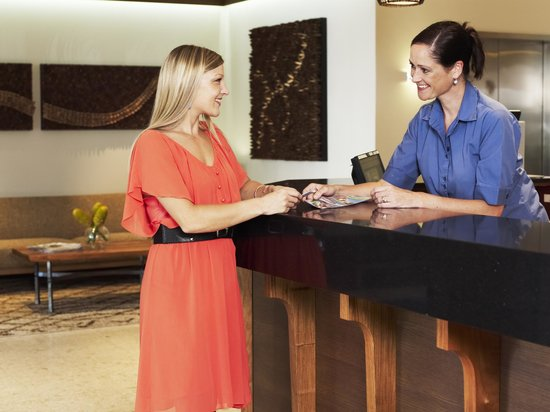 Rydges Port Macquarie: Reception/Check in