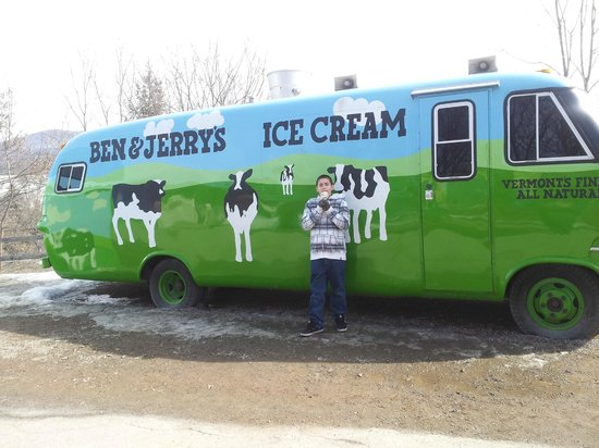 Waterbury, VT: Replica of B and J's ice cream truck