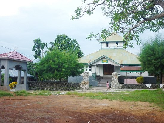 "Liya Togo Traditional Village: The Old Mosque of  Keraton Liya Togo ""Mubarok Mosque"""