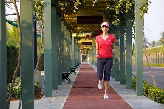 Sunray Village Resort: Jogging Track