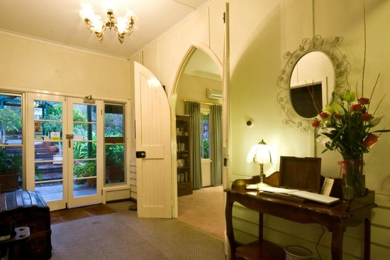 Margaret River Guest House: Entrance and chapel doors