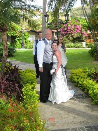 Sandals Halcyon Beach Resort: Our wedding!