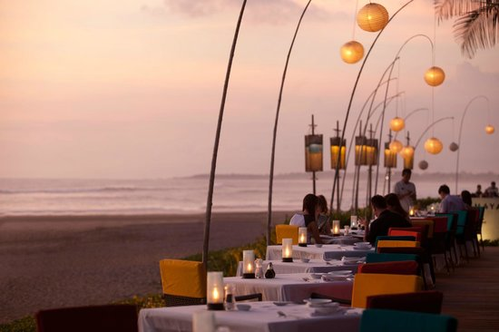 The Samaya Bali Seminyak: Dining at Breeze