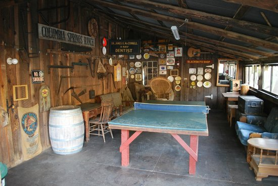 49er RV Ranch: game room