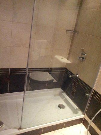 Majlis GRAND MERCURE Madina: kamar mandi