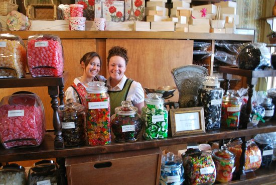 Columbia State Historic Park: candy store