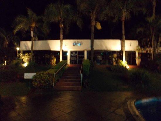 Exe Hotel Cataratas: de noche