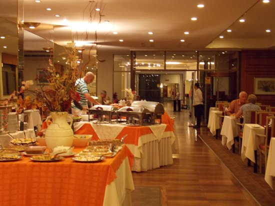 Exe Hotel Cataratas: buffet