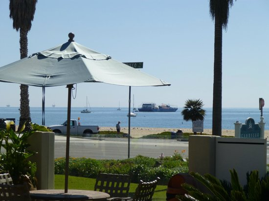 Cabrillo Inn at the Beach: View from hotel gardens
