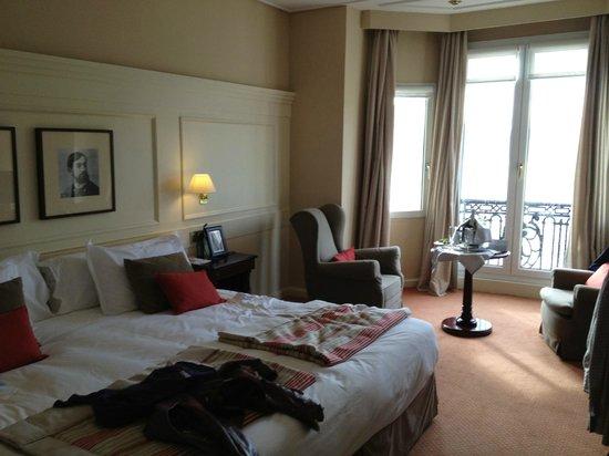 Hotel de Londres y de Inglaterra: chambre vue mer