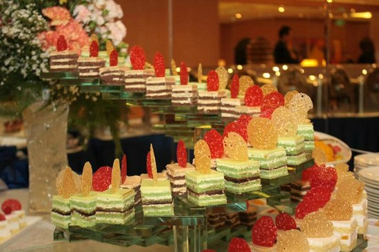 Eastwood Richmonde Hotel: food/deserts