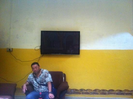 Shivakashi Guest House: big tv showing hindi movies all the time