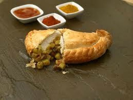 The Pasty Place Bakery: SPICY CHICKEN PASTY