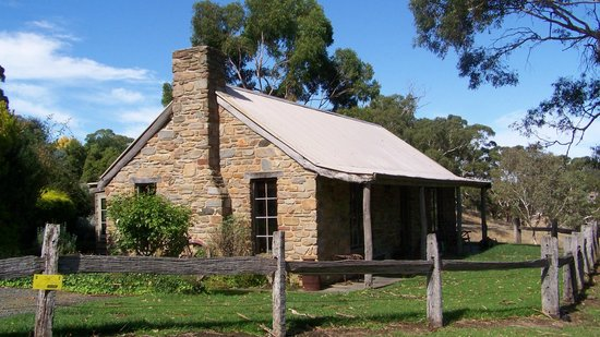 Adelaide Hills Country Cottages: Gum Tree Cottage
