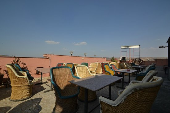 Hotel Royal Sheraton : Roof Top Bar And Restaurant