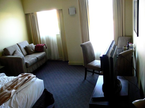 Comfort Inn & Suites City Views: Room Interior