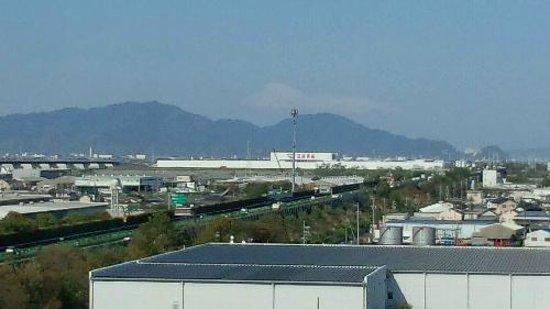 Candeo Hotels Shizuoka Shimada : かすかに富士山が…。