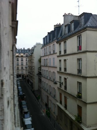 Comfort Hotel Place du Tertre: 3rd floor