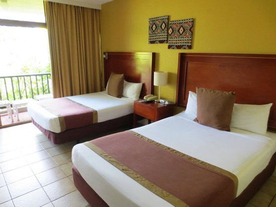 ‪‪Tanoa International Hotel‬: Tanoa double and single room‬