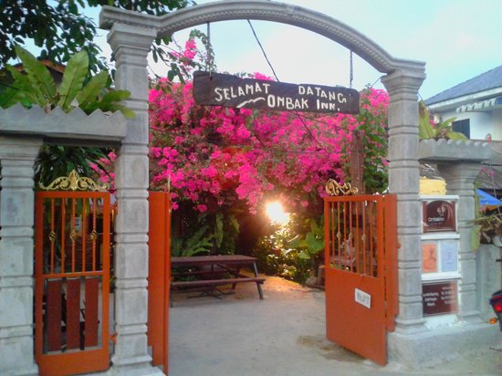 Ombak Inn Resort: New Entrance Gate