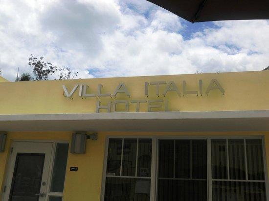 Villa Italia Hotel: facciata reception