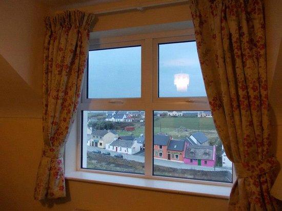 Sea View House Doolin: Panorama dalla camera