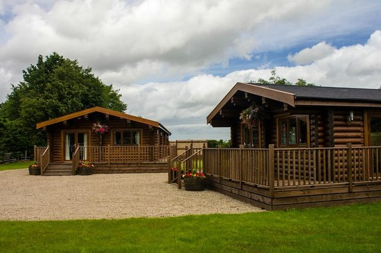 Blackwell lodges executive log cabins picture of the for Log cabins for sale north yorkshire