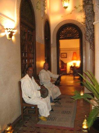 La Villa des Orangers - Hôtel: Bienvenue et entrée