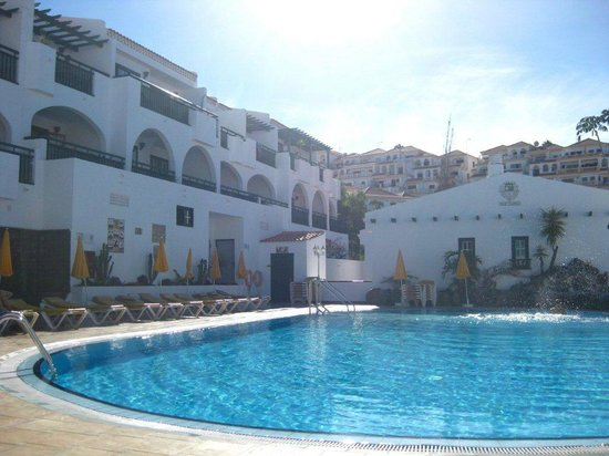 Neptuno Aparthotel Pool