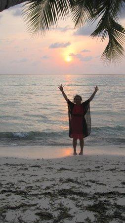 Reveries Diving Village : Stunning sunset
