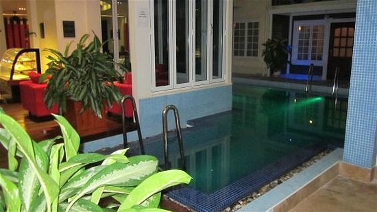 Reveries Diving Village : Small private pool