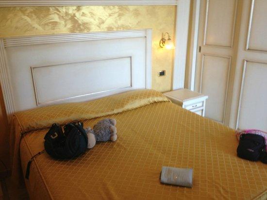 Hotel Diplomat Palace: camera foto 1