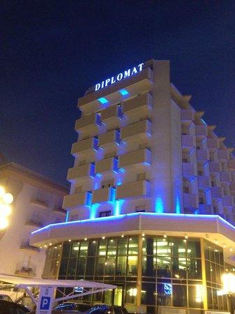 Hotel Diplomat Palace: diplomat by night