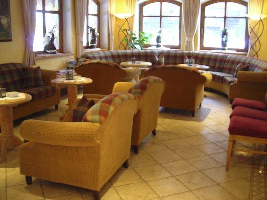 Alpin Lodge Das Zillergrund: Lobby