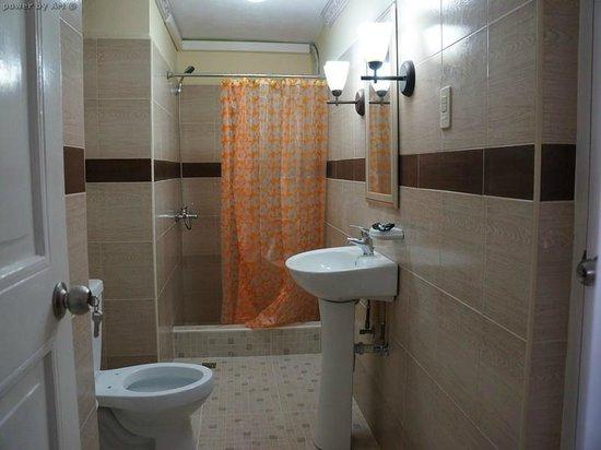 Hostal Plaza Vieja : Bathroom