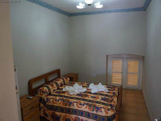 Hostal Plaza Vieja: My room