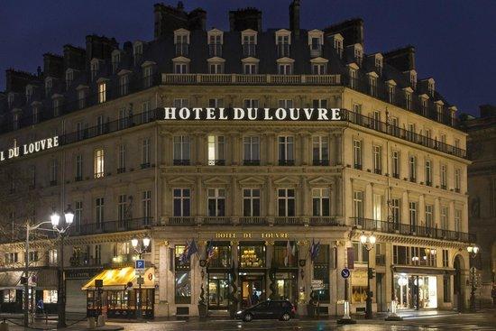 Hotel du Louvre: Exterior