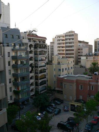 Cavalier Hotel: Abdel Baki street
