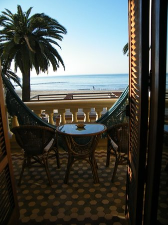Voramar Hotel: La habitación con vistas al mar.