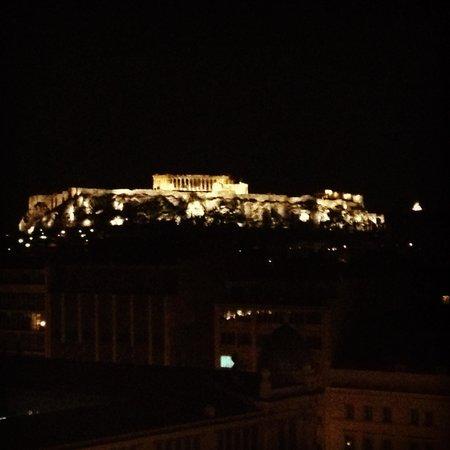 Titania Hotel: Vista dell'acropoli dall'ultimo piano
