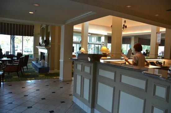 Hilton Garden Inn: Receptie